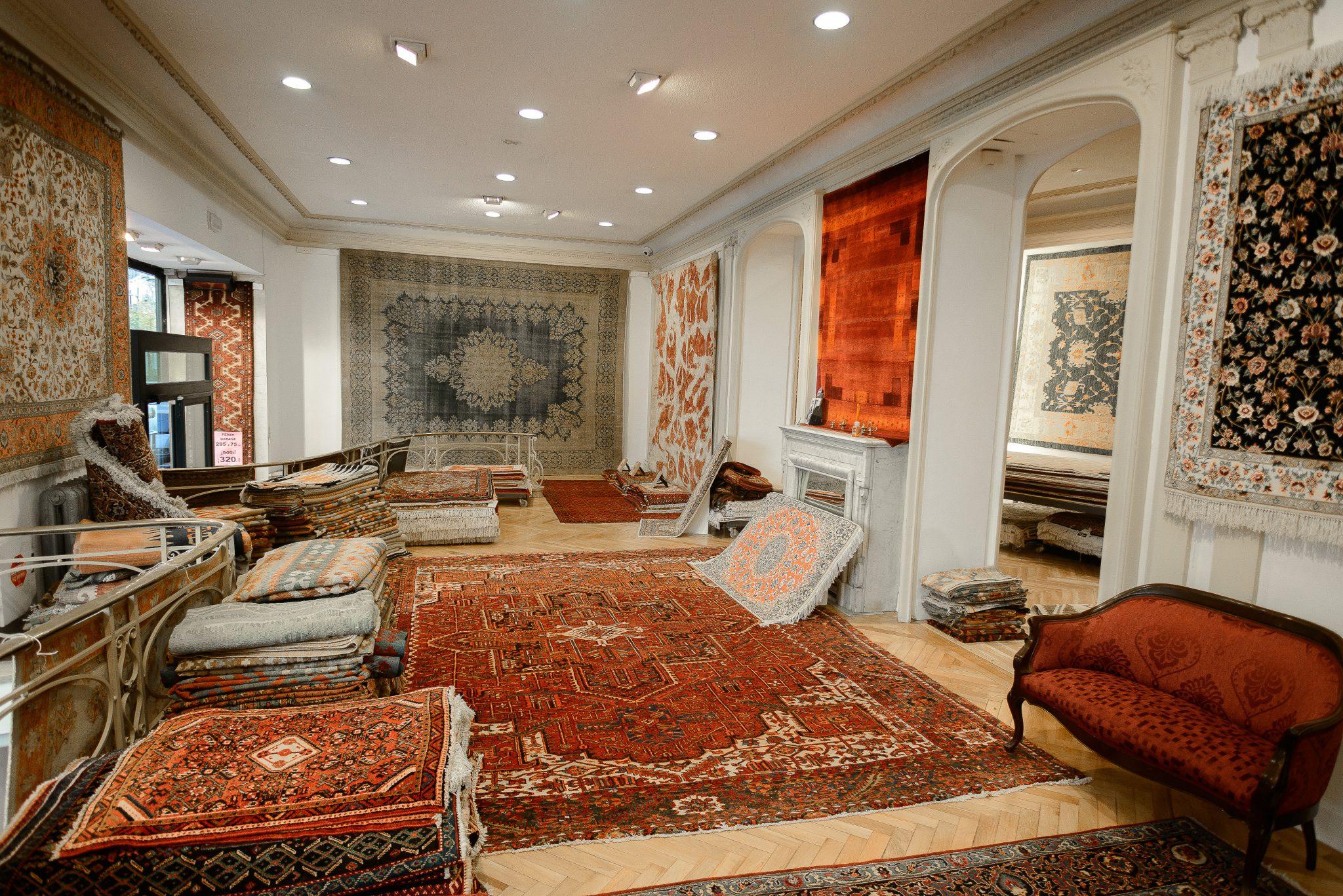 Tiendas de alfombras en barcelona latest con sus maniques for Alfombras orientales barcelona